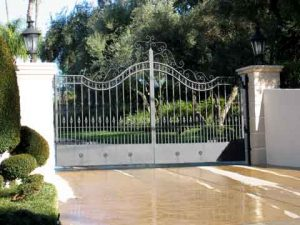 Gate Repair Apple Valley